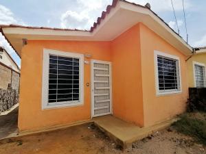 Casa En Ventaen Barquisimeto, Hacienda Yucatan, Venezuela, VE RAH: 19-19619