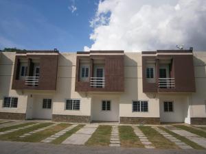 Townhouse En Ventaen Municipio Naguanagua, Manantial, Venezuela, VE RAH: 19-19673
