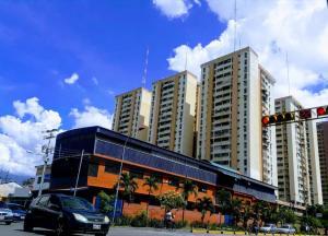 Apartamento En Ventaen Maracay, Los Mangos, Venezuela, VE RAH: 19-19707