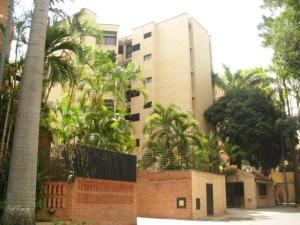 Apartamento En Alquileren Caracas, Campo Alegre, Venezuela, VE RAH: 19-19709