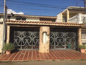 Casa En Ventaen Cabimas, Concordia, Venezuela, VE RAH: 19-19724