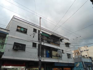 Apartamento En Ventaen Turmero, Zona Centro, Venezuela, VE RAH: 19-19837