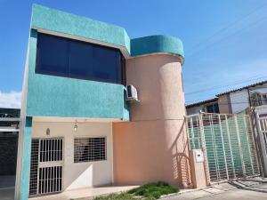 Casa En Ventaen Maracay, La Morita, Venezuela, VE RAH: 19-19851