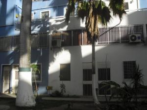 Apartamento En Ventaen Cabudare, Almarriera, Venezuela, VE RAH: 19-19887