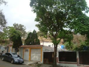 Casa En Ventaen Caracas, Santa Ines, Venezuela, VE RAH: 19-19986