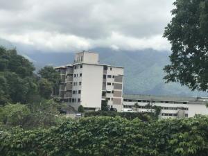 Apartamento En Ventaen Caracas, Colinas De Bello Monte, Venezuela, VE RAH: 19-20021