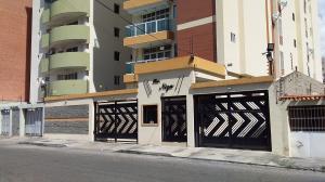 Apartamento En Ventaen Maracay, El Bosque, Venezuela, VE RAH: 19-19987