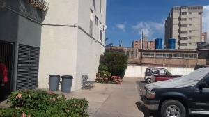 Apartamento En Alquileren Maracaibo, Cecilio Acosta, Venezuela, VE RAH: 19-19995