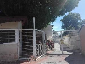 Townhouse En Ventaen Maracay, El Limon, Venezuela, VE RAH: 19-20077
