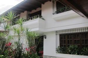 Casa En Ventaen Caracas, El Marques, Venezuela, VE RAH: 19-20140