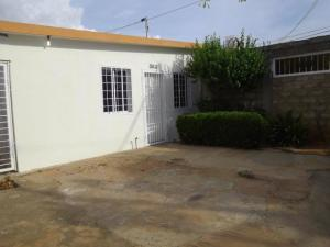 Casa En Ventaen Municipio San Francisco, El Soler, Venezuela, VE RAH: 19-20184