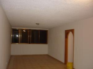 Apartamento En Ventaen San Antonio De Los Altos, La Rosaleda, Venezuela, VE RAH: 19-20126