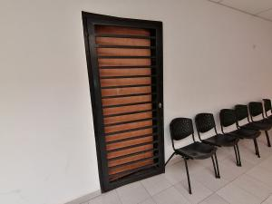 Local Comercial En Alquileren Cabudare, Centro, Venezuela, VE RAH: 19-20127