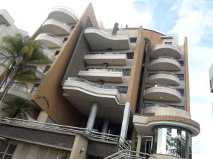 Apartamento En Ventaen Valencia, Terrazas Del Country, Venezuela, VE RAH: 19-20173