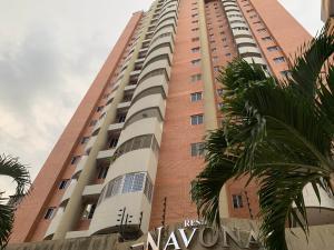 Apartamento En Ventaen Valencia, La Trigaleña, Venezuela, VE RAH: 19-20166