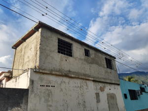 Townhouse En Ventaen Maracay, El Limon, Venezuela, VE RAH: 19-20187