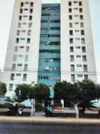 Apartamento En Ventaen Maracaibo, Cecilio Acosta, Venezuela, VE RAH: 19-18954