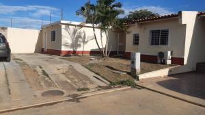 Casa En Ventaen Cabudare, Parroquia José Gregorio, Venezuela, VE RAH: 19-20320