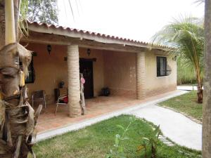 Casa En Ventaen Valencia, Colinas De Guataparo, Venezuela, VE RAH: 19-20353