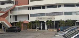 Local Comercial En Alquileren Maracaibo, Avenida Bella Vista, Venezuela, VE RAH: 19-20347