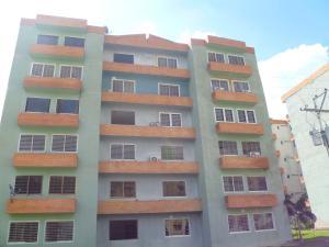 Apartamento En Ventaen Municipio San Diego, Monteserino, Venezuela, VE RAH: 19-20371