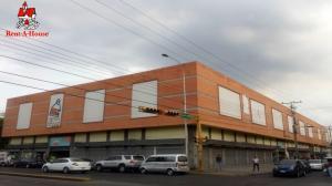 Local Comercial En Ventaen Maracay, Zona Centro, Venezuela, VE RAH: 19-20409