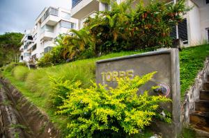 Apartamento En Ventaen Caracas, Bosques De La Lagunita, Venezuela, VE RAH: 19-20456