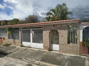 Casa En Ventaen San Joaquin, Villas Del Centro, Venezuela, VE RAH: 20-77