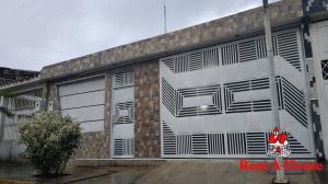 Casa En Ventaen Turmero, La Fuente, Venezuela, VE RAH: 19-20426