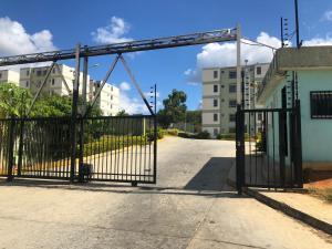 Apartamento En Ventaen Charallave, Las Juajuitas, Venezuela, VE RAH: 19-20462