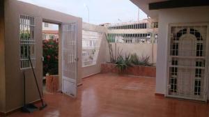 Casa En Alquileren Punto Fijo, Judibana, Venezuela, VE RAH: 19-20485