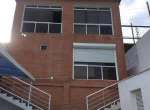 Casa En Ventaen Caracas, Caicaguana, Venezuela, VE RAH: 20-1298