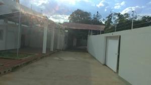 Galpon - Deposito En Alquileren Maracaibo, Sabaneta, Venezuela, VE RAH: 19-20533