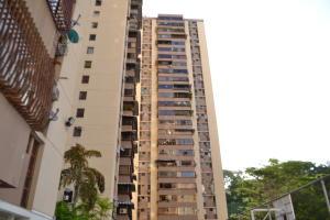 Apartamento En Ventaen Caracas, Colinas De Bello Monte, Venezuela, VE RAH: 20-8