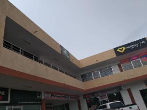 Local Comercial En Ventaen Punto Fijo, Puerta Maraven, Venezuela, VE RAH: 20-22