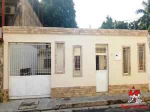 Casa En Ventaen Maracay, El Limon, Venezuela, VE RAH: 20-53