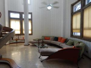 Casa En Ventaen Maracaibo, Tierra Negra, Venezuela, VE RAH: 20-43