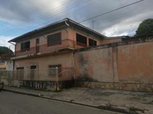 Casa En Ventaen Maracay, Piñonal, Venezuela, VE RAH: 20-45