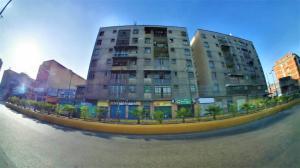 Apartamento En Ventaen Los Teques, Los Teques, Venezuela, VE RAH: 20-63