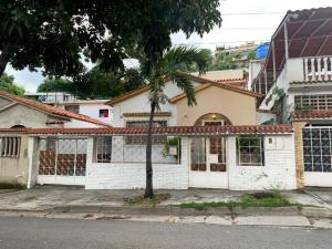 Casa En Ventaen Caracas, Bella Vista, Venezuela, VE RAH: 20-510