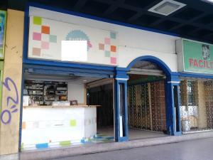 Local Comercial En Ventaen Maracay, Avenida Bolivar, Venezuela, VE RAH: 20-66
