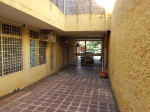 Oficina En Alquileren Cabudare, Centro, Venezuela, VE RAH: 20-205