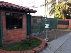 Casa En Ventaen Cabudare, Parroquia José Gregorio, Venezuela, VE RAH: 20-76