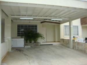 Casa En Ventaen Cabudare, Parroquia José Gregorio, Venezuela, VE RAH: 20-88