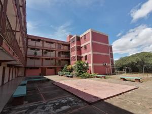 Apartamento En Ventaen Barquisimeto, Parroquia Union, Venezuela, VE RAH: 20-91