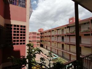 Apartamento En Ventaen Barquisimeto, Parroquia Union, Venezuela, VE RAH: 20-94