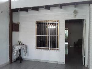Casa En Ventaen Turmero, La Mantuana, Venezuela, VE RAH: 20-295