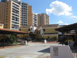 Townhouse En Ventaen Municipio Naguanagua, Tazajal, Venezuela, VE RAH: 20-402