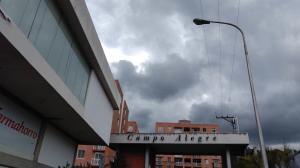 Apartamento En Ventaen Ejido, Campo Alegre, Venezuela, VE RAH: 20-227