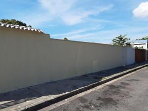 Terreno En Ventaen Maracay, La Romana, Venezuela, VE RAH: 20-278